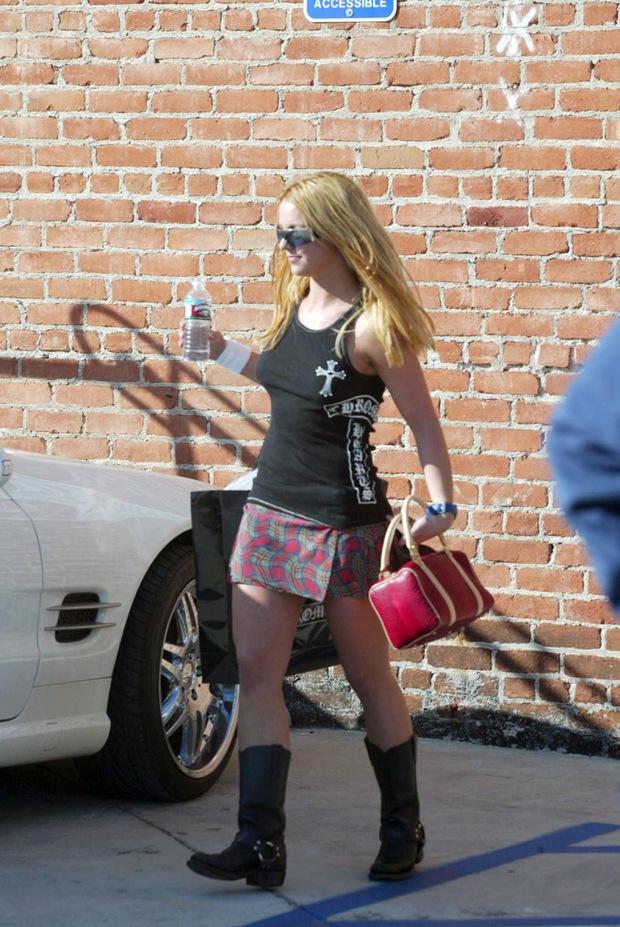 13 năm qua, Britney Spears thường xuyên đeo băng ở cổ tay, đến hôm nay fan mới vỡ lẽ vì sự thật ghê người đằng sau - Ảnh 5.