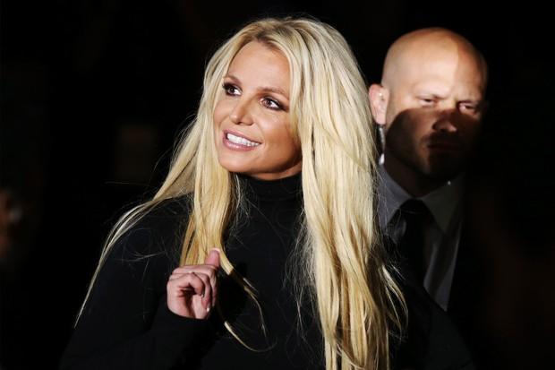 Bảo Thy, Hari Won xót xa khi đọc lời khai của Britney Spears, Vũ Khắc Tiệp tiết lộ kỷ niệm từng có với công chúa nhạc Pop - Ảnh 3.