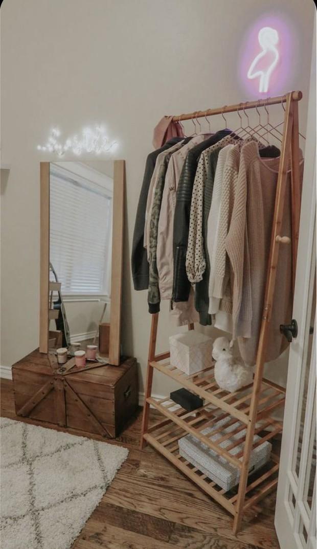 Tủ quần áo sẽ bớt ngộp thở nếu bạn biết 8 mẹo lưu trữ thông minh này - Ảnh 11.