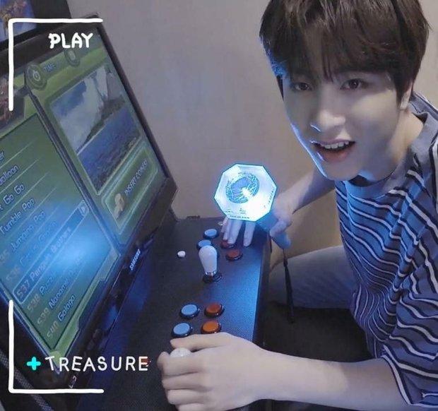 Nhìn dàn nghệ sĩ YG mê chơi game, fan chỉ biết thở dài: Thế này bảo sao mãi không ra nhạc - Ảnh 3.