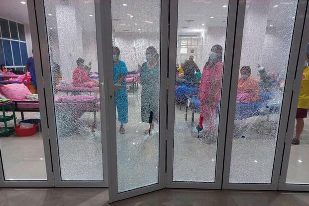 Thái Lan: Cựu binh xả súng trong bệnh viện vì nhầm bệnh nhân COVID-19 là người cai nghiện - Ảnh 2.