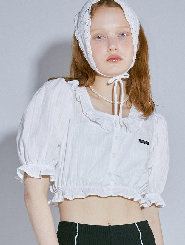 """Jisoo xinh xắn với áo blouse 1 triệu, có nhiều mẫu na ná giá chỉ vài trăm bạn dư sức """"múc"""" - Ảnh 3."""