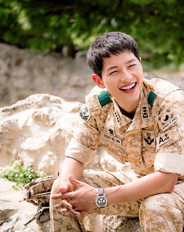Bạn diễn tiết lộ Song Joong Ki từng đòi đến tắm ở nhà mình, lý do đưa ra khiến netizen gật gù tán thưởng - Ảnh 2.