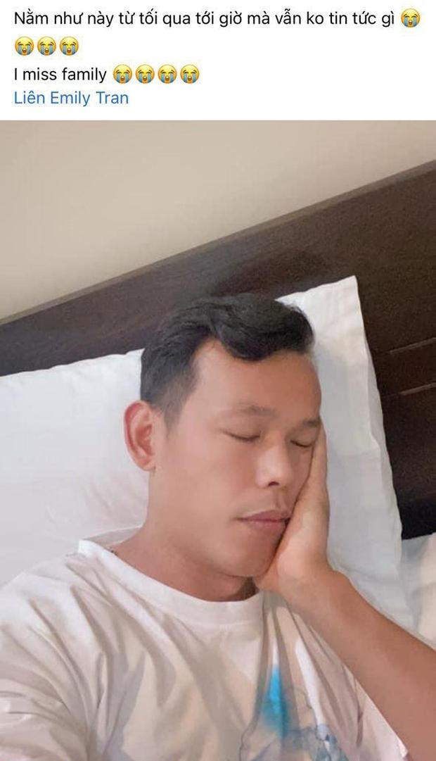 Dàn cầu thủ Việt Nam mừng hụt vì tưởng được về nhà, Văn Toàn bật mode cà khịa ở khắp nơi - Ảnh 14.