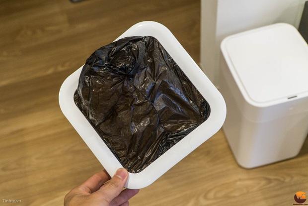 Thùng rác thông minh tự đóng mở, biết hàn miệng túi rác hot rần rần, đừng mua nếu bạn chưa biết 3 điều này - Ảnh 2.