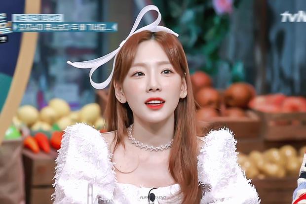 Taeyeon (SNSD) ngồi cạnh nhóm nữ hồi sinh sau 10 năm: Rồi ai mới là tiền bối? - Ảnh 3.