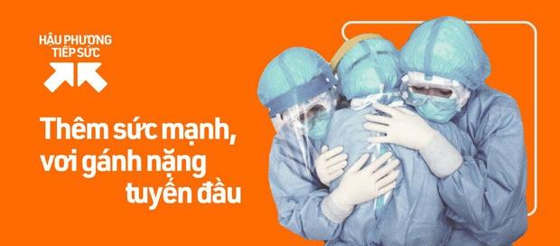Khoảnh khắc xúc động: Thành viên MTV Band diễn tặng bệnh nhân tại bệnh viện dã chiến, sung hết sức bất chấp trời mưa lớn - Ảnh 7.