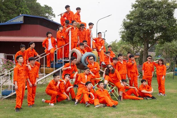 Lớp nhà người ta: Rủ nhau thi trường chuyên hot nhất nhì Hà Nội, 19 người cùng đỗ chuyên Vật lý - Ảnh 2.