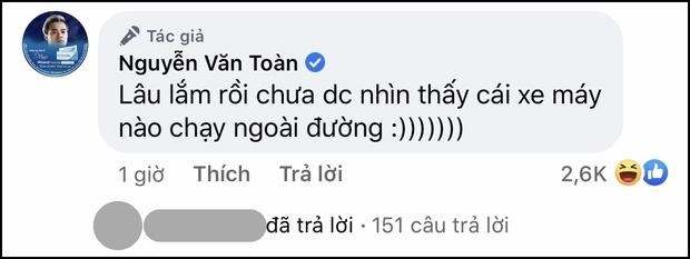 Dàn cầu thủ Việt Nam mừng hụt vì tưởng được về nhà, Văn Toàn bật mode cà khịa ở khắp nơi - Ảnh 5.