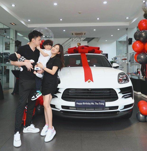 Trang Lou chốt Porsche trên dưới 4 tỷ mừng sinh nhật, bổ sung vào BST xe sang ai nhìn cũng thèm - Ảnh 1.