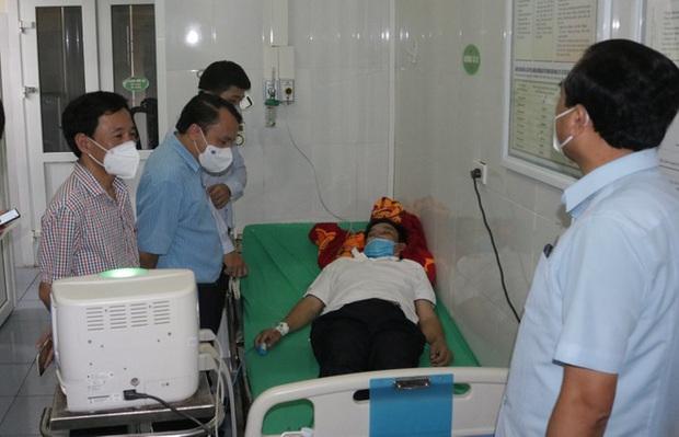 Giám đốc y tế kiệt sức sau 11 đêm thức trắng chiến đấu chống dịch Covid-19 - Ảnh 1.