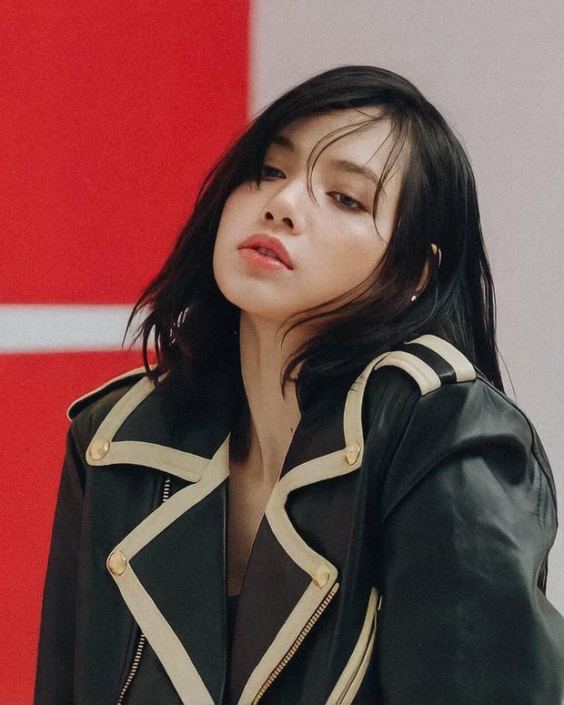 3 giờ sáng, producer đình đám nhá hàng giọng Lisa (BLACKPINK) trong sản phẩm debut khiến fan tỉnh cả ngủ! - Ảnh 2.