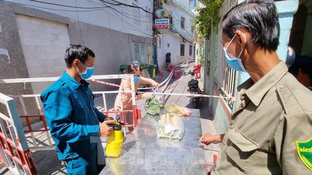 Không chỉ làm Đà Nẵng bùng dịch, tài xế từ TP.HCM còn hình thành chuỗi lây nhiễm ở Phú Yên - Ảnh 2.