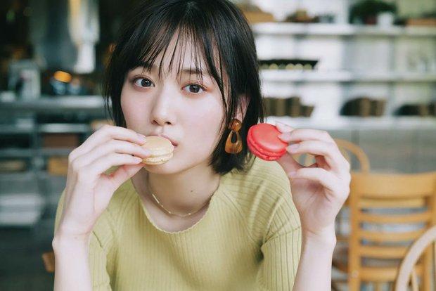 4 loại thực phẩm làm tăng nguy cơ mắc ung thư vú ở nữ giới, cái số 2 và 3 cực kỳ quen thuộc và là món ăn yêu thích của nhiều chị em - Ảnh 3.