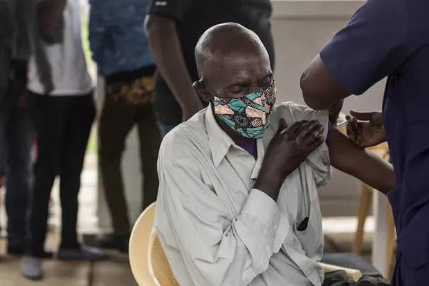 WHO cảnh báo đại dịch lây lan với tốc độ chưa từng có ở châu Phi - Ảnh 1.