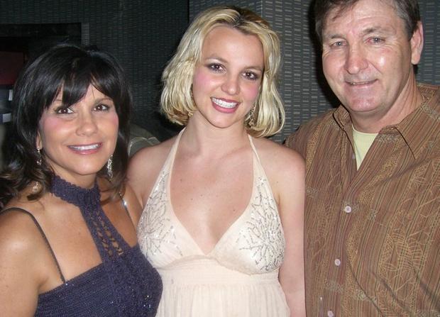 Britney Spears có động thái đầu tiên trên MXH khiến fan nghi ngay ekip dàn dựng, sang Instagram của bạn trai xem an tâm hơn! - Ảnh 1.