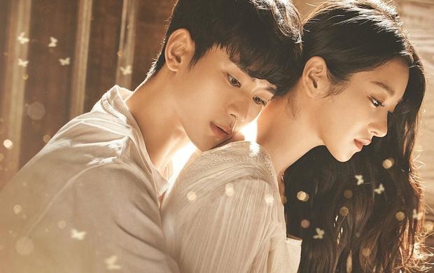10 cặp đôi màn ảnh được fan phim Hàn kêu gào đòi tái hợp: Số 1 đích thị là IU - Lee Jun Ki rồi! - Ảnh 4.