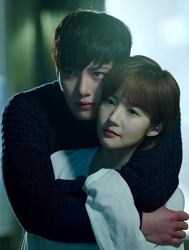 10 cặp đôi màn ảnh được fan phim Hàn kêu gào đòi tái hợp: Số 1 đích thị là IU - Lee Jun Ki rồi! - Ảnh 8.