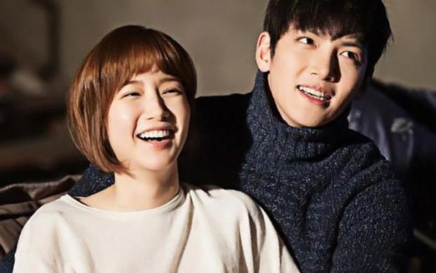 10 cặp đôi màn ảnh được fan phim Hàn kêu gào đòi tái hợp: Số 1 đích thị là IU - Lee Jun Ki rồi! - Ảnh 9.