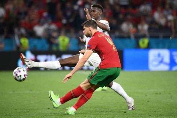 Top 5 ngôi sao gây thất vọng nhất tại vòng bảng Euro 2020 - Ảnh 3.
