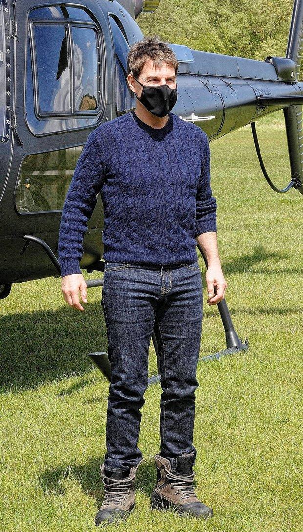 Tuyên bố sa thải kẻ khiến đoàn phim Mission: Impossible dừng quay vì COVID-19, Tom Cruise lại chính là nguyên nhân: Giờ ai đuổi ai đây? - Ảnh 2.