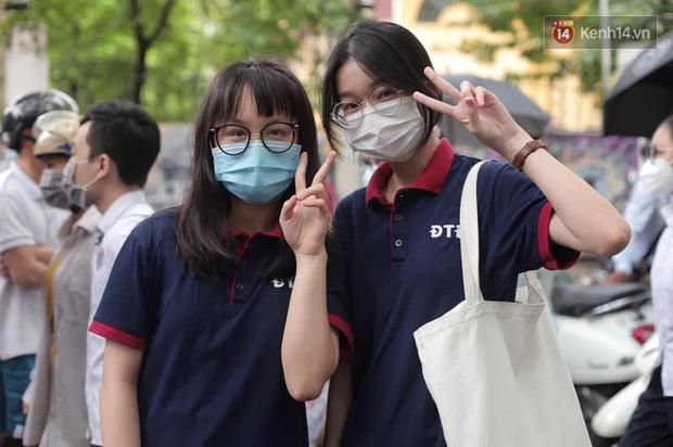 Chính thức: Hà Nội công bố điểm thi vào lớp 10 năm 2021 - Ảnh 1.