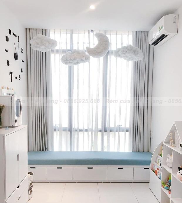 Decor phòng xịn xò với nội thất trắng kem giống Linh Ngọc Đàm: Rèm, tủ giá mềm nhưng ghế sofa muốn đẹp phải chịu chi - Ảnh 3.