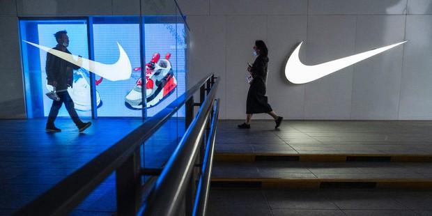 Hậu tuyên bố Là thương hiệu của Trung Quốc, Nike vấp phải làn sóng tẩy chay trên toàn cầu - Ảnh 1.