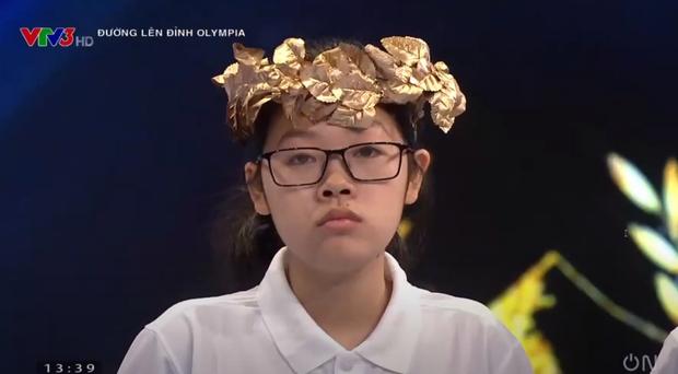 Xuất sắc: Nữ sinh phá liền một lúc 2 kỷ lục Đường Lên Đỉnh Olympia! - Ảnh 3.