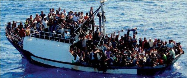 Người đàn ông bị kết án 142 năm tù giam vì xả thân cứu 33 người bị đắm tàu - Ảnh 4.