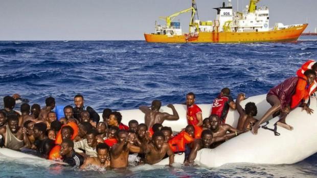 Người đàn ông bị kết án 142 năm tù giam vì xả thân cứu 33 người bị đắm tàu - Ảnh 3.