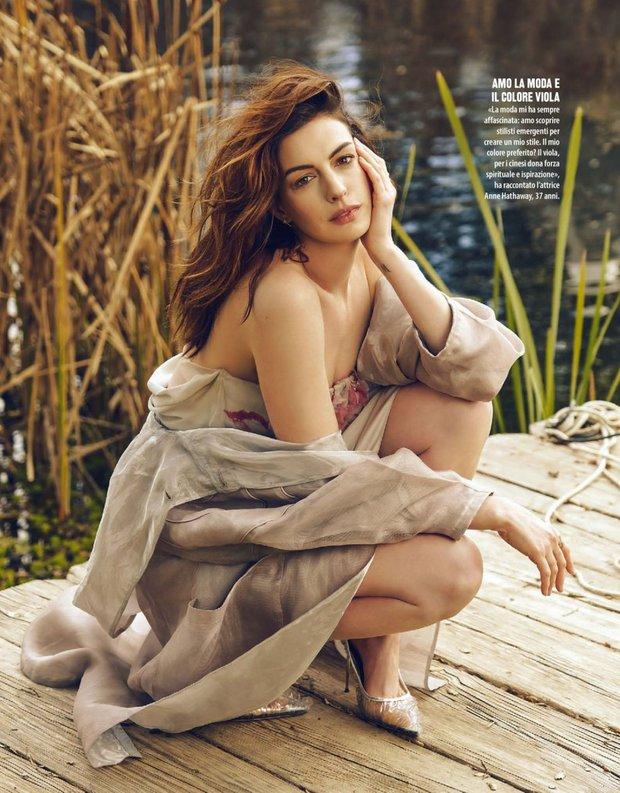 """Màn bức tử vòng 1 đi vào """"huyền thoại"""": Anne Hathaway lướt qua hậu trường mà sexy bí thở, đôi gò bồng đảo như sắp tràn ra ngoài - Ảnh 10."""