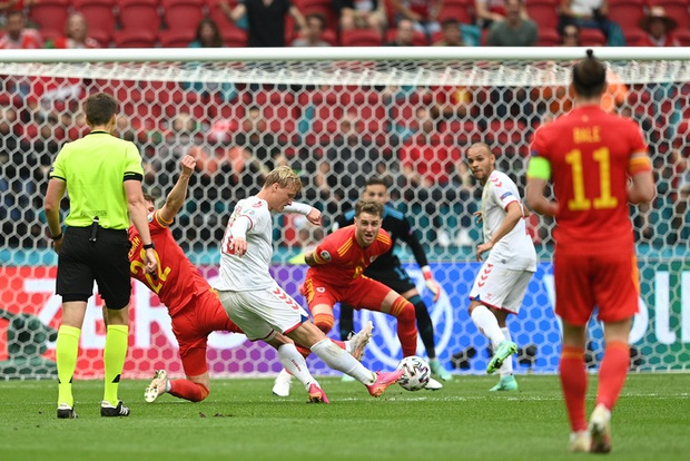 Nghiền nát Xứ Wales, Đan Mạch vào tứ kết Euro 2020 - Ảnh 3.