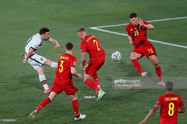 Ronaldo im tiếng, Bồ Đào Nha chính thức trở thành cựu vương Euro - Ảnh 5.