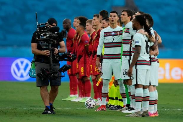 Ronaldo im tiếng, Bồ Đào Nha chính thức trở thành cựu vương Euro - Ảnh 17.
