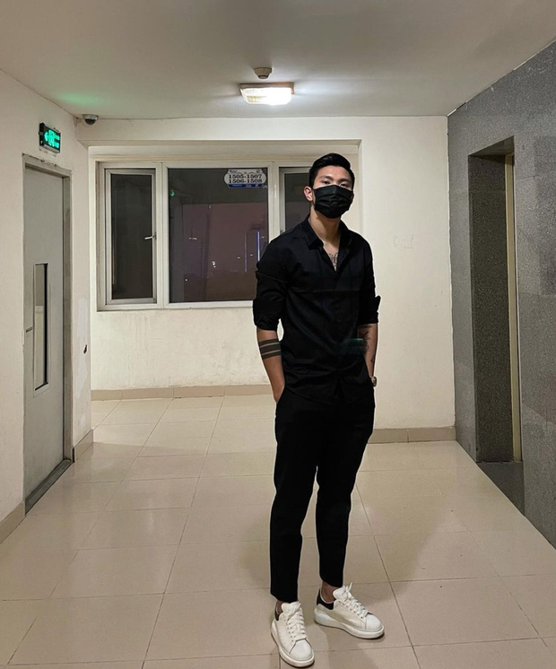 Đoàn Văn Hậu vượt mặt cả Duy Mạnh, Bùi Tiến Dũng, trở thành cầu thủ Việt có lượng follower cao nhất trên Instagram - Ảnh 3.
