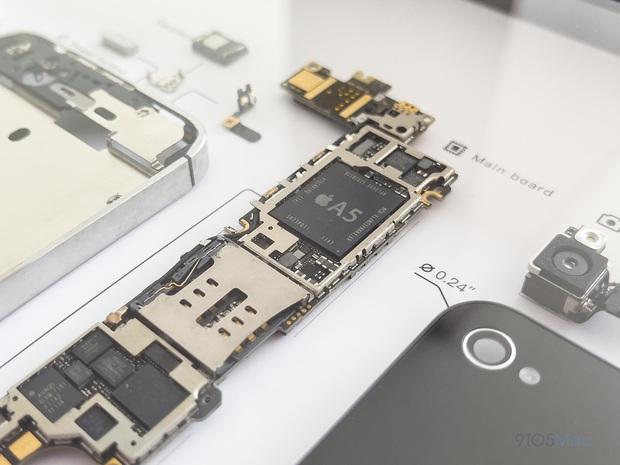 """Mổ bụng xem """"nội tạng"""" của những mẫu iPhone để thấy Apple đã tỉ mỉ và cầu toàn đến thế nào! - Ảnh 12."""