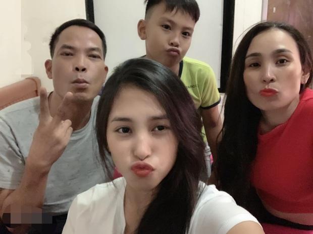 Ngập trời sao Vbiz chia sẻ nhân ngày Gia đình Việt Nam: Đoan Trang khoe hội anh em nhà người ta, H'Hen Niê - Tiểu Vy chung 1 nỗi lòng - Ảnh 5.