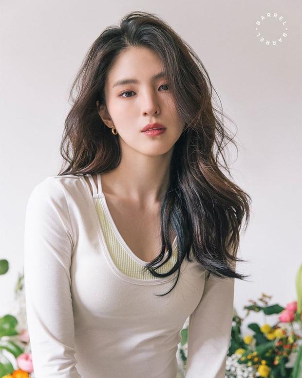 40 mỹ nhân màn ảnh Hàn khiến hội đồng tính nữ chết mê: Mợ cả Mine mất top 1 vào tay nàng thơ cảnh nóng - Ảnh 4.
