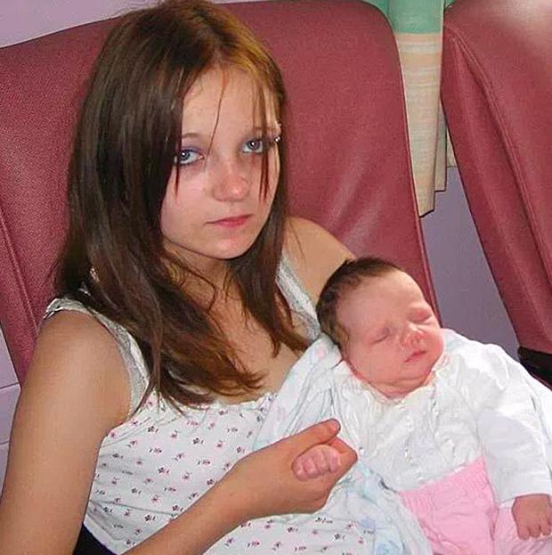Bé gái 11 tuổi sinh con khiến cả nhà náo loạn, 9 tháng  mang thai mà gia đình không hề hay biết - Ảnh 2.