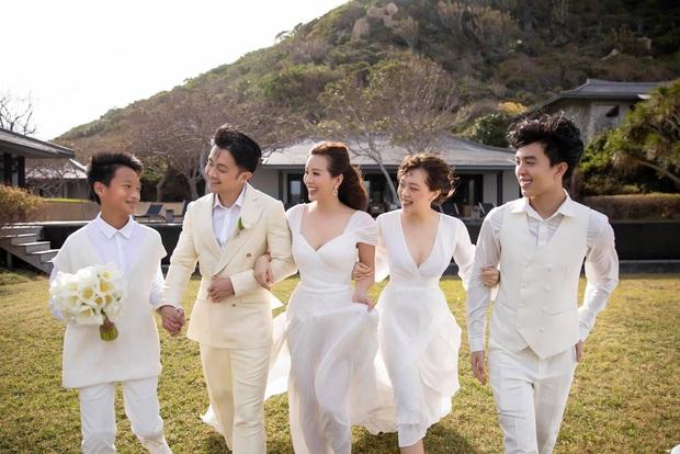 HOT: Hoa hậu Thu Hoài và bạn trai kém 10 tuổi chính thức thành vợ chồng hợp pháp, hé lộ luôn ảnh cưới cực tình! - Ảnh 4.