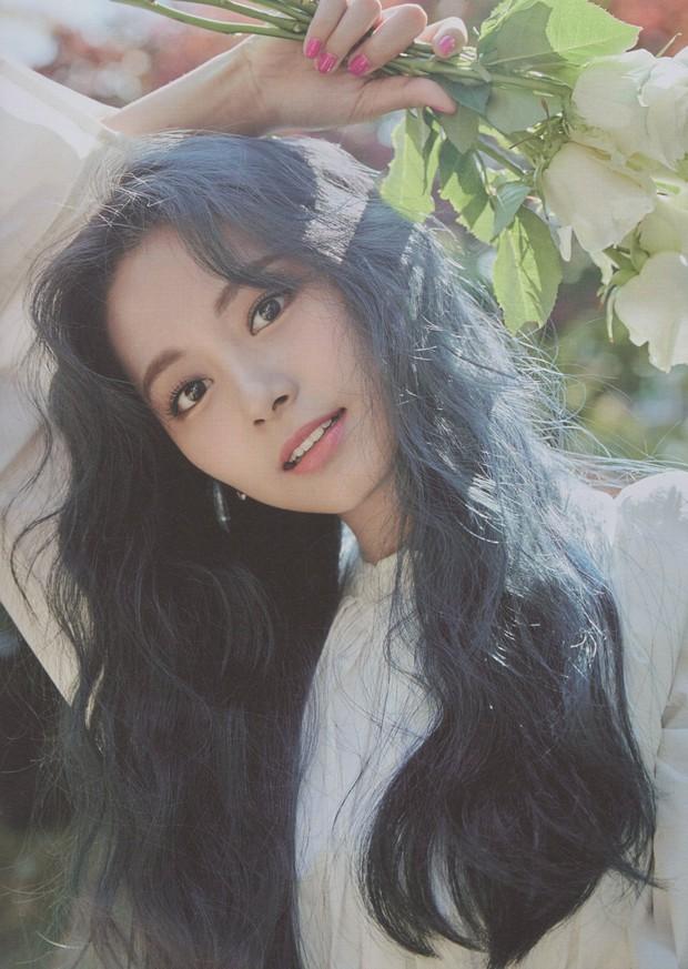 Đau đầu chọn visual đại diện các thế hệ Kpop: Yoona, Sulli, Suzy thành combo so kè cực gắt, nữ thần Irene hay Jisoo nhỉnh hơn? - Ảnh 25.