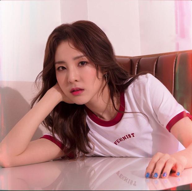 Đau đầu chọn visual đại diện các thế hệ Kpop: Yoona, Sulli, Suzy thành combo so kè cực gắt, nữ thần Irene hay Jisoo nhỉnh hơn? - Ảnh 16.