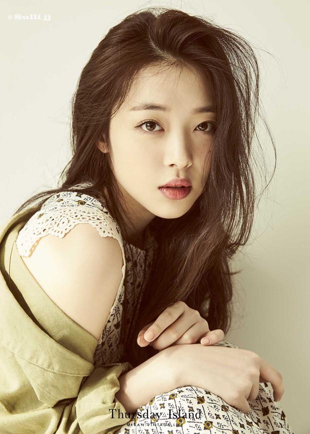 Đau đầu chọn visual đại diện các thế hệ Kpop: Yoona, Sulli, Suzy thành combo so kè cực gắt, nữ thần Irene hay Jisoo nhỉnh hơn? - Ảnh 18.