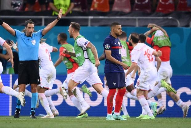 Sao trẻ hay nhất thế giới lần đầu lên tiếng sau khi Pháp bị loại khỏi Euro 2020: Thật khó để có thể ngủ vào lúc này - Ảnh 1.