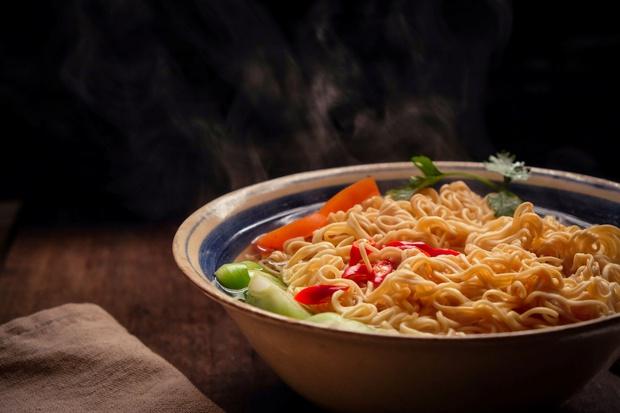 Hành trình mì ăn liền du nhập vào Việt Nam và chinh phục khẩu vị người Việt - Ảnh 2.