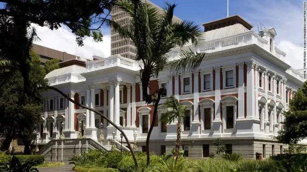Nam Phi náo động vì đề xuất cho phụ nữ lấy nhiều chồng - Ảnh 1.