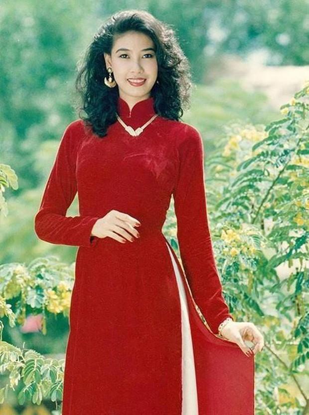 Cách ăn mặc giống như thân thế của Hoa hậu Hà Kiều Anh vậy, chưa ngã ngũ! - Ảnh 2.