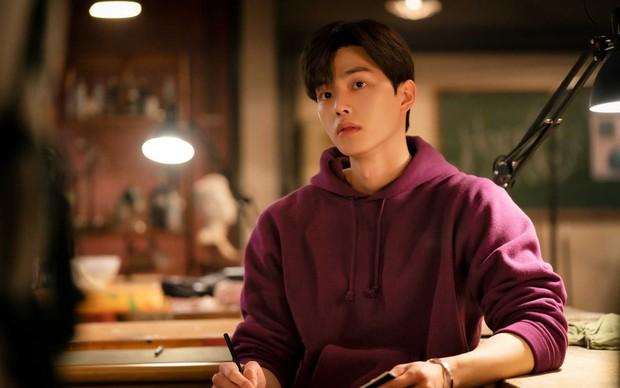 Song Kang bị Knet chê thậm tệ vì diễn xuất ở Nevertheless, mỹ nam mũi nhọn Jang Ki Yong tự dưng bị chê ké - Ảnh 5.