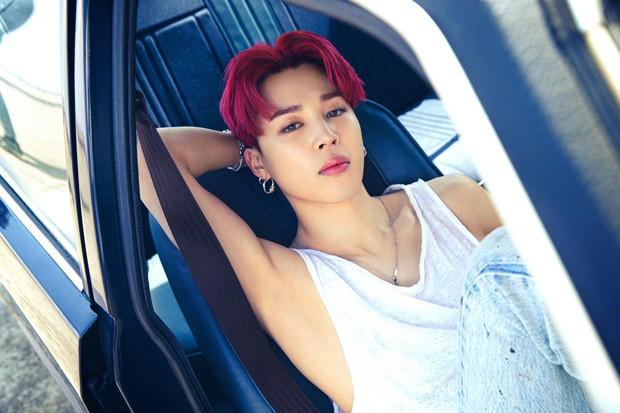 BTS bỏ hát đi rửa xe mà vẫn đẹp trai khiến fan rớt liêm sỉ, màn khoe nách của Jimin gây chú ý - Ảnh 8.